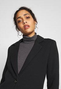 ONLY - ONLCARRIE - Classic coat - black/solid - 3