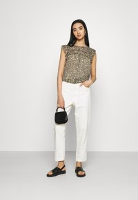 ONLY - ONLMARGUERITE CAPSLEEVE  - T-shirt med print - pumice stone - 1