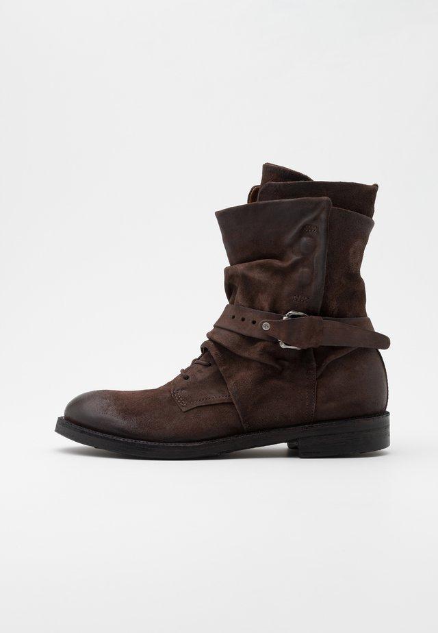 SAMURAI - Cowboy/biker ankle boot - fondente