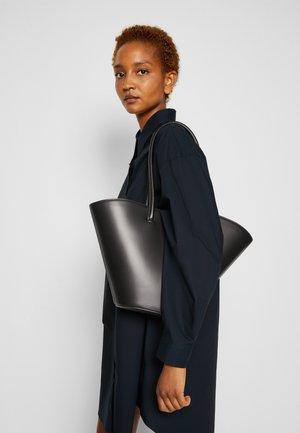 TALL TULIP TOTE - Tote bag - black
