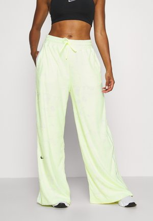 CITY TRAIN PANT - Trainingsbroek - barely volt/spruce aura/reflect black