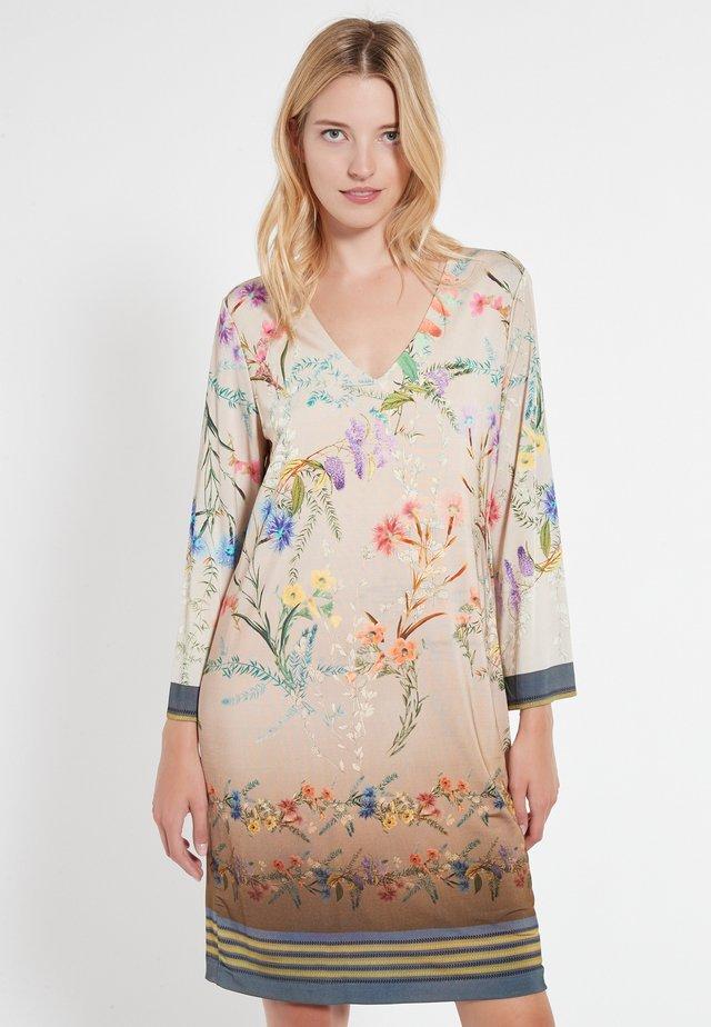 CELMY - Korte jurk - beige