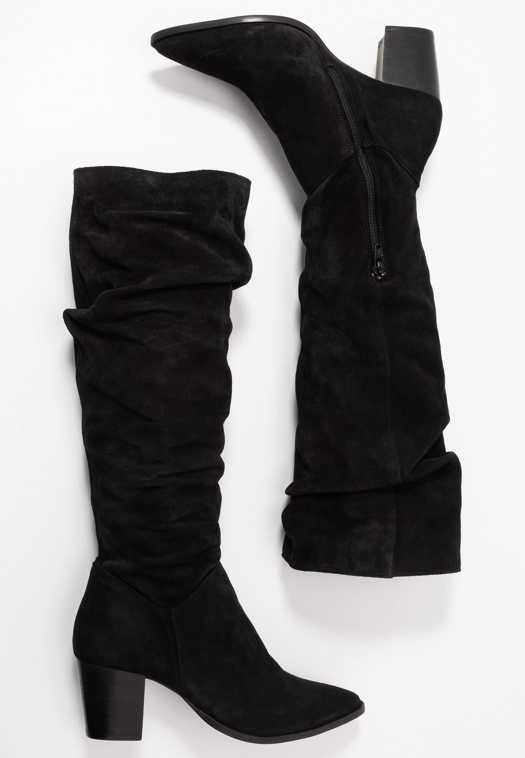 LEATHER BOOTS Klassiska stövlar black