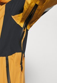 Oakley - GUNN SHELL - Snowboard jacket - gold yellow - 5
