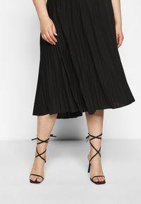 Dorothy Perkins Curve - CURVE PLEATED BLACK MIDI SKIRT - A-line skirt - black - 3