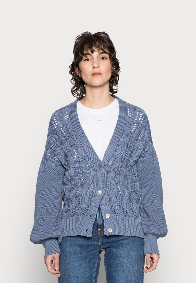 Rich & Royal - CARDIGAN CABLE - Cardigan - smoked blue