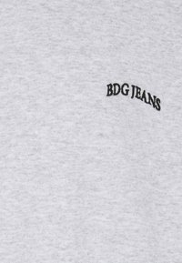 BDG Urban Outfitters - CREWNECK UNISEX - Sweatshirt - grey - 2