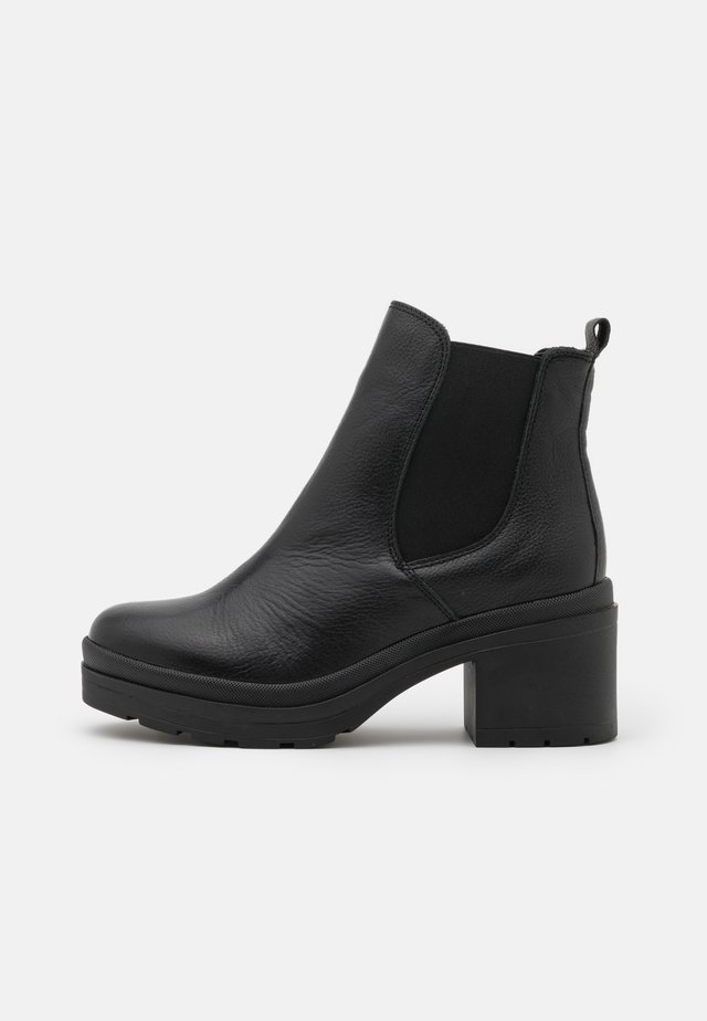 KAMBEL - Bottines à plateau - black