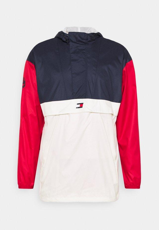 ICON - Windjack - red