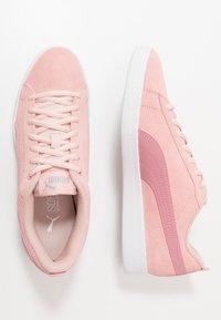 Puma - SMASH - Sneakers basse - peachskin/foxglove/silver/white - 3
