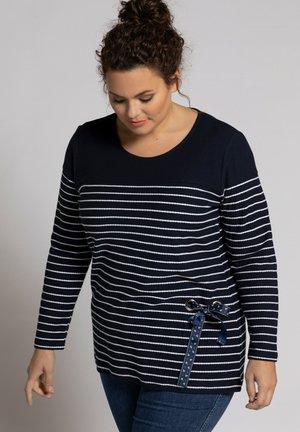 Sweater - navy stripe