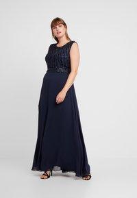Lace & Beads Curvy - DOTTY MAJE - Vestido de fiesta - navy - 1