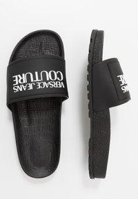 Versace Jeans Couture - Klapki - black - 1