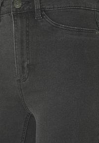 Noisy May Tall - NMCALLIE - Jeans Skinny Fit - dark grey denim - 5