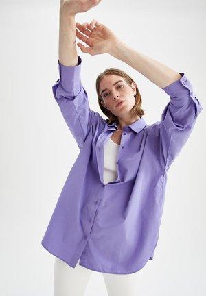 OVERSIZE FIT  - Hemdbluse - purple
