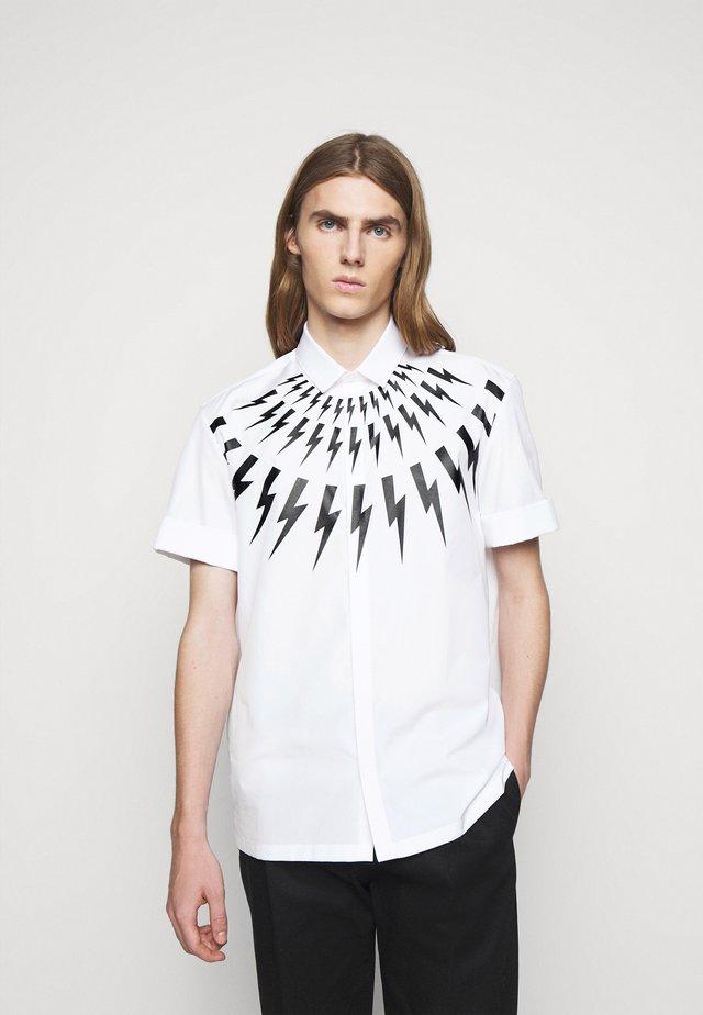 THUNDERBOLT  - Overhemd - white/black