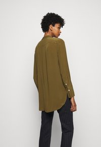 By Malene Birger - COLOGNE - Button-down blouse - hunt - 2