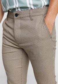 Topman - HERITAGE CHECK  - Pantaloni - brown - 3