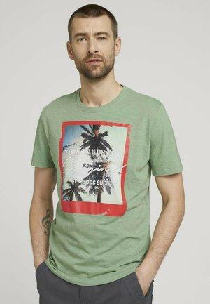 FOTOPRINT - Print T-shirt - mint green grindle melange