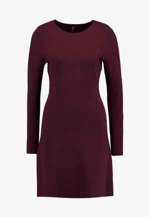 ONLNEW DALLAS O NECK DRESS - Strikket kjole - port royale