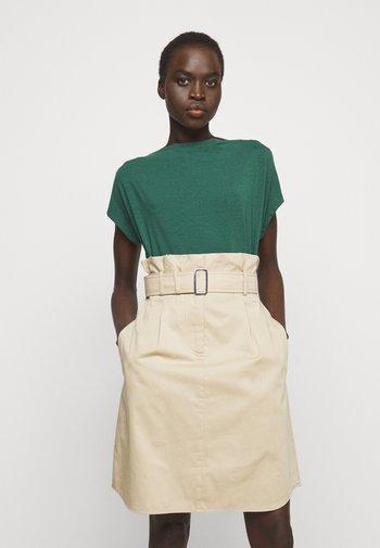 MULTID - Basic T-shirt - gruen