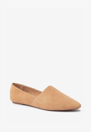 Nazouvací boty - camel