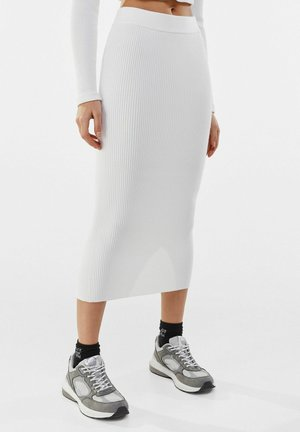 Pouzdrová sukně - stone