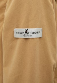 Frieda & Freddies - JACKET - Light jacket - golden cactus - 2