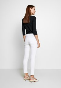 Sisley - TROUSERS - Jeans Skinny Fit - white - 2