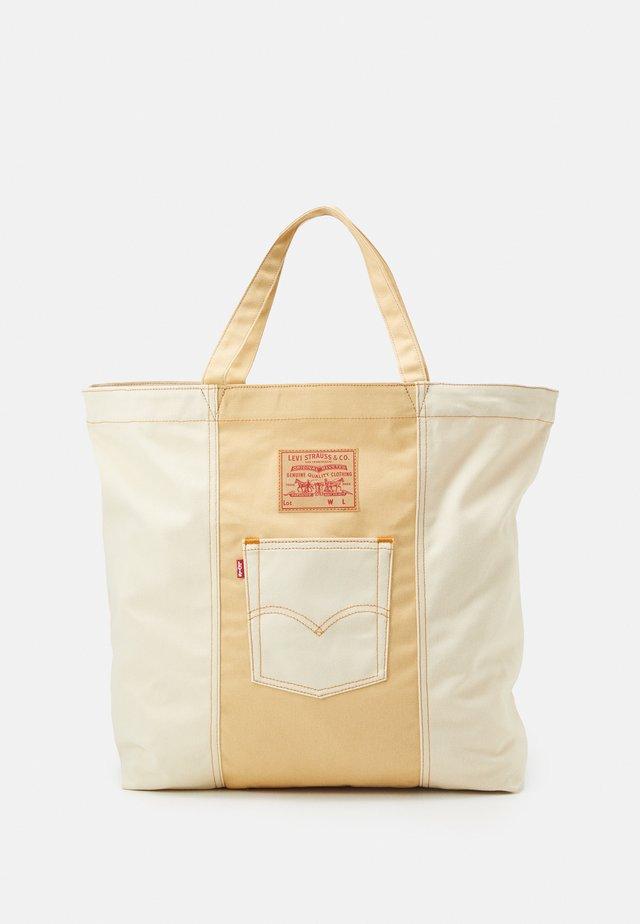 WOMENS TOTE - Tote bag - regular khaki