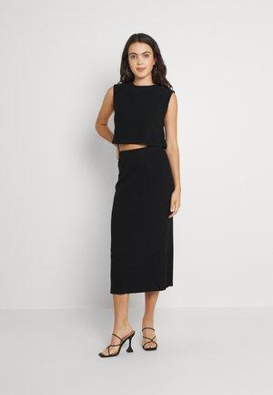 NMANKER SET - Shift dress - black