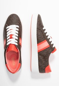 MICHAEL Michael Kors - IRVING STRIPE LACE UP - Trainers - brown - 3