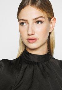 Miss Selfridge - HIGH NECK 3/4 SLEEVE BLOUSE - Langarmshirt - black - 3