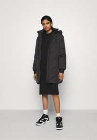 JDY - JDYSKYLAR PADDED HOOD JACKET - Winter coat - black - 1