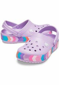 Crocs - CHEVRON BEADED  - Clogs - orchid - 5