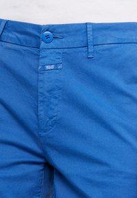 CLOSED - HOLDEN - Shorts - bluebird - 4