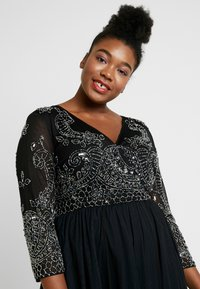 Lace & Beads Curvy - BONITA MIDI - Occasion wear - black - 4