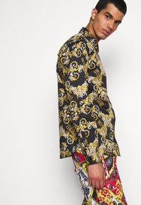 Versace Jeans Couture - PRINT LOGO NEW - Shirt - nero - 2