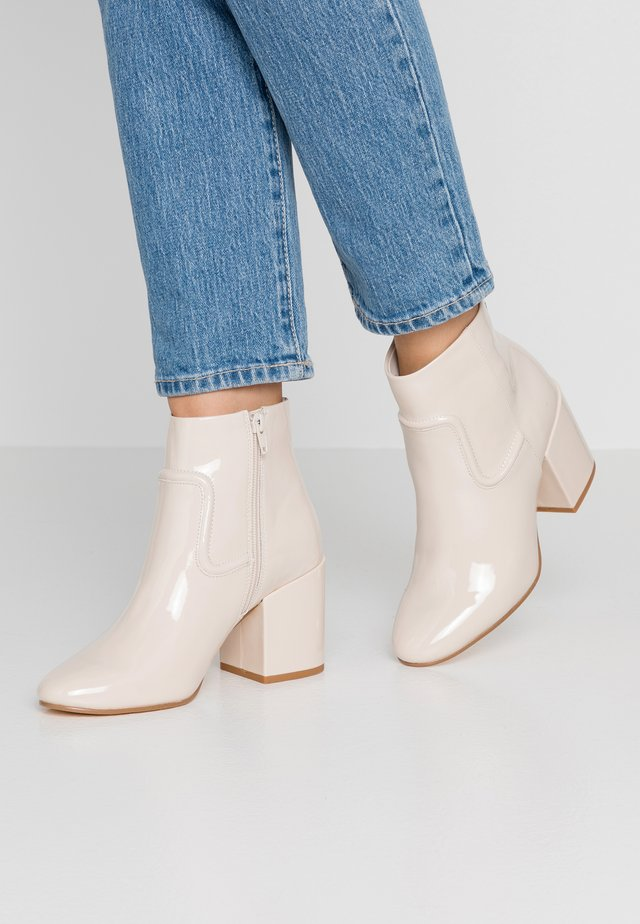 BOON VEGAN  - Ankle boots - nude