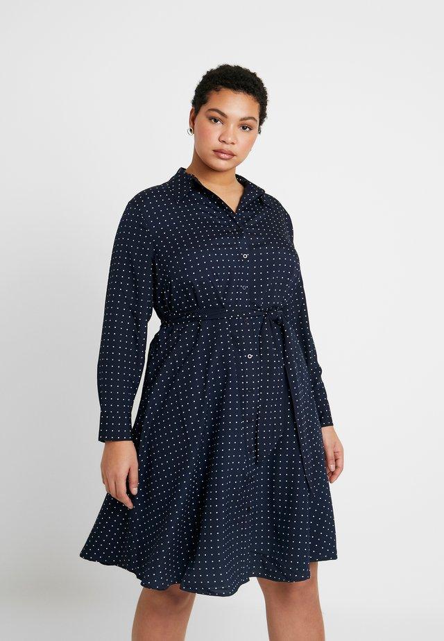 KARNIELA LONG SLEEVE CASUAL DRESS - Sukienka koszulowa - navy/silk white