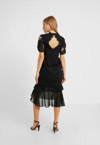 Hope & Ivy Petite - PEPLUM WAIST MIDI DRESS WITH  - Vestito elegante - black - 3