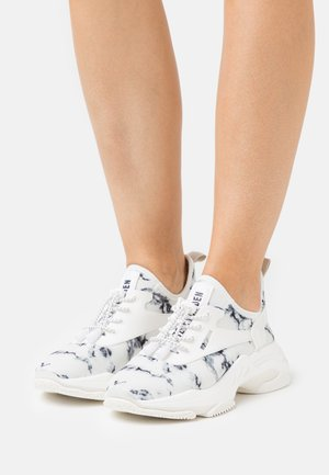 MATCH - Sneakers laag - white/black