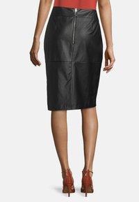 Betty Barclay - Pencil skirt - noir - 2