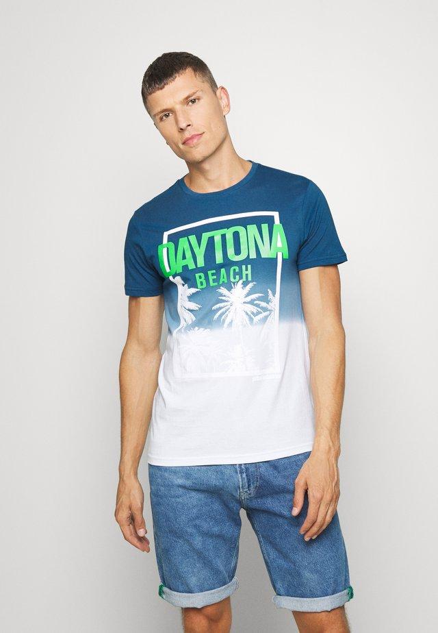 T-shirts med print - dark capri