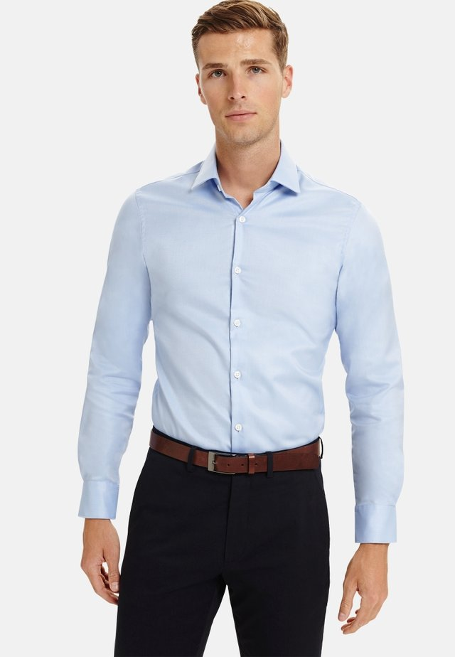 SUPER FITTED TWILL - Formal shirt - blue