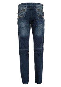Cipo & Baxx - MIT ZIERNÄHTEN UND REISSVERSCHLÜSSEN - Straight leg jeans - donkerblauw - 7