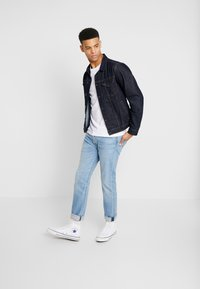 Levi's® - 501® SLIM TAPER - Jeansy Slim Fit - coneflower clouds - 1