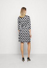 Diane von Furstenberg - NEW JULIAN TWO - Jersey dress - black/white - 2