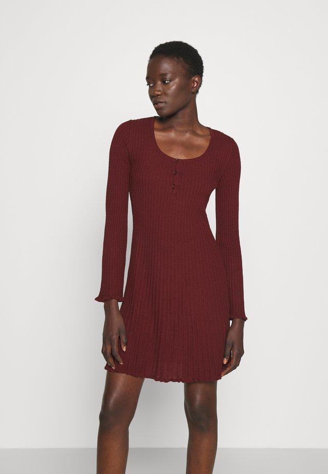 DRESS TUNIC - Jumper dress - cabernet