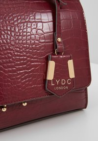 LYDC London - Håndveske - bordeaux - 6